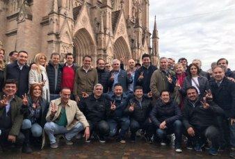 Políticos y sindicalistas opositores unidos en la misa convocada por Moyano