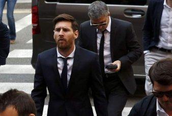 Imputaron a Lionel Messi y a su papá por presunto lavado de dinero