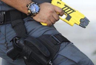 La Provincia también compró pistolas Taser: serán usadas por el Grupo Halcón solo en tomas de rehenes