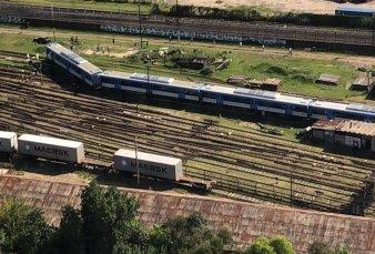 Descarriló un tren ingresando a Retiro: asisten a los pasajeros