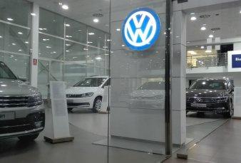 Volkswagen da el primer paso para las concesionarias virtuales