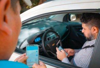 Presentan la nueva licencia de conducir digital que se lleva en el celular