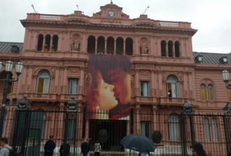 San Valentín llegó a la Casa Rosada