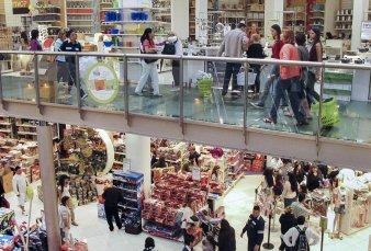 Fuerte caída en las ventas en shoppings, autoservicios y supermercados