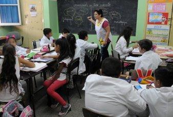 Cippec advierte sobre recortes en la inversión educativa nacional y provincial