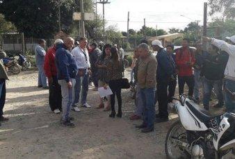Salta - Campo Santo: municipales que cobraron de más se resisten a devolver sueldos y hacen paro