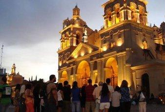 Milagro de Semana Santa: suben hasta 40% las reservas turísticas