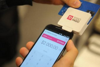 Nuevas formas de pago: cada vez más comercios cobran con el celular