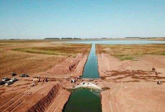Se enfrentan Buenos Afres y Santa Fe por la laguna La Picasa