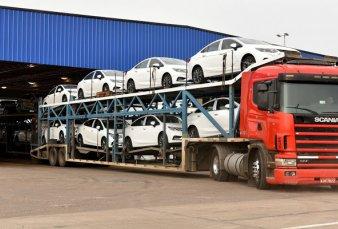 Suben los reintegros para las exportaciones de autos al Mercosur