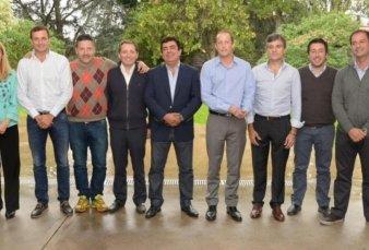 Intendentes peronistas se reúnen en Cañuelas en busca de un nombre para Provincia