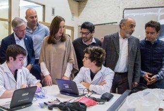 Hay más de 400 mil usuarios conectados a internet en escuelas públicas bonaerenses