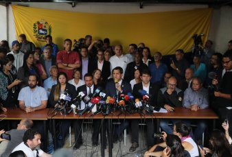 Conflicto en Venezuela: ?Todos estamos expuestos a que nos metan presos o que nos maten?, dijo Guaidó