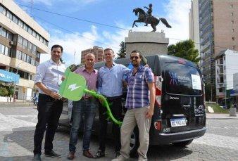 Neuquén: la primera ciudad argentina que no le cobrará patente a los autos eléctricos