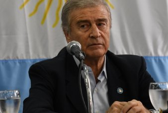 """Aguad responsabilizó a los submarinistas por el hundimiento del ARA San Juan: """"Fue falta de experiencia"""""""