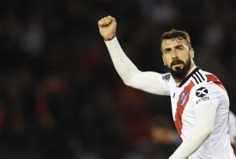 River va por el primer paso ante Athletico Paranaense