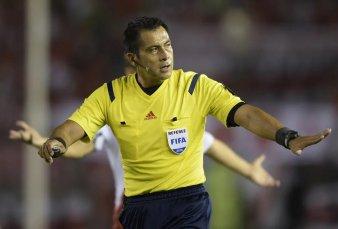 Argentina-Qatar ya tiene árbitro: un chileno que enojó a Messi con sus decisiones