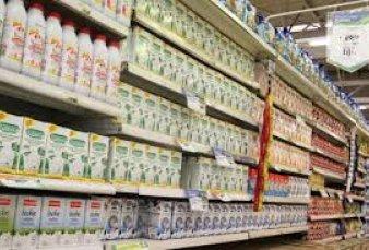 La leche aumentó 100% en un año y su consumo sufrió un derrumbe histórico.