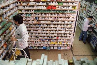 """Venderán aceite de cannabis en farmacias bonaerenses - """"No se trata de liberar el producto, debe ser controlado"""""""