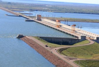 Inauguran un nuevo paso fronterizo con Paraguay en Yacyretá