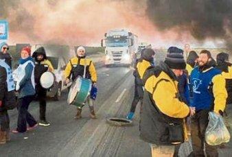 Se agrava la crisis en Chubut por la demora en el pago de los sueldos