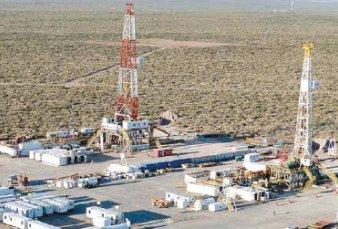 Provincias y petroleras ya analizan presentaciones por el congelamiento de la nafta