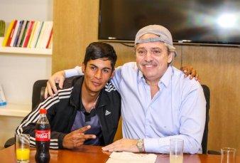 "Alberto Fernández recibe a Braian Gallo: ""Una gorra no cambia nada"""