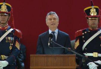 Mauricio Macri encabezó el acto por el 150 aniversario del Colegio Militar