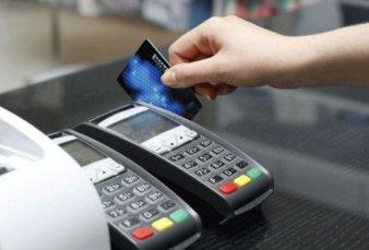 Bancos proponen que la devolución del IVA en alimentos sea con tarjeta