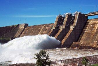 Empresas chinas suman interés en represa mendocina