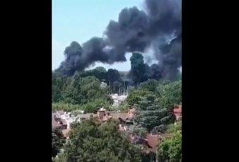 Se incendian dos embarcaciones en el Río Luján