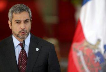 Presidente de Paraguay tiene dengue y crece el temor argentino
