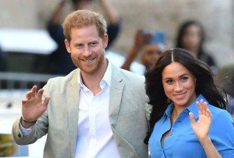 El Príncipe Harry y Meghan Markle dejan de ser miembros de la realeza