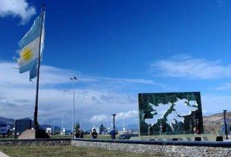 Por el coronavirus solo habrá homenajes virtuales a los veteranos y caídos en Malvinas