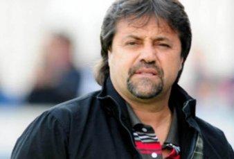 Ricardo Caruso Lombardi reclama un bono de $10 mil para los entrenadores
