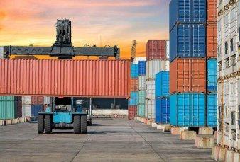 Resurgen licencias no automáticas para cuidar a la industria de la importación