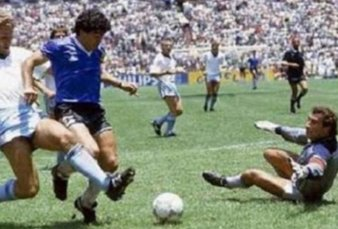 """A 34 años del gol de Maradona a los ingleses, el recuerdo de Víctor Hugo: """"Diego corriendo dentro de una aureola dorada, dejando enemigos ingleses"""""""