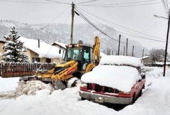 Localidades aisladas y problemas viales en la Patagonia por fuertes nevadas