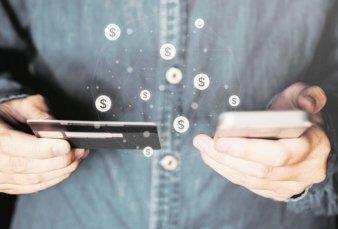 Tarjetas y bancos refuerzan alianzas para avanzar en la digitalización de los pagos