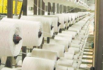 Textiles se unen y fabrican barbijos de alta protección
