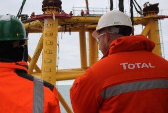 Melella firmó acuerdo con Total para que 85% de empleados en la provincia sea fueguino
