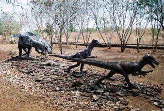Encuentran huellas de un dinosaurio bípedo en la localidad neuquina de El Chocón