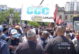 El intendente de La Plata denunció que quisieron tomar la sede municipal