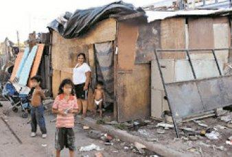 La pobreza llegó a 44,2% y golpea a veinte millones de argentinos