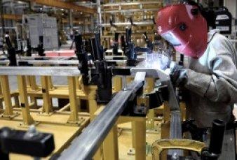 Metalúrgicos acordaron un aumento de sueldo de casi 40% en dos cuotas