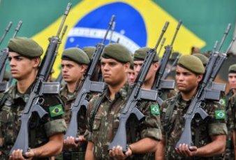 Brasil: renunció la cúpula de las Fuerzas Armadas y se agrava la crisis política