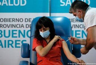 Sólo el 25% de los bonaerenses estará vacunado a fin de año al ritmo actual