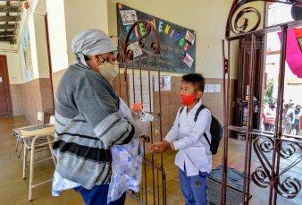 Más de 130 instituciones rechazan la interrupción de las clases presenciales