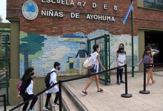 Ciudad: el 85% de las escuelas abrió ayer y sigue el paro de tres sindicatos