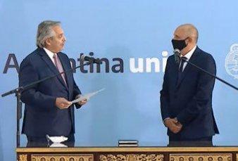 El Presidente le tomó juramento al nuevo ministro de Transporte